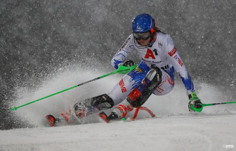 Skiester Vlhova slalomt zich éindelijk langs Shiffrin (Pro Shots / Action Images)