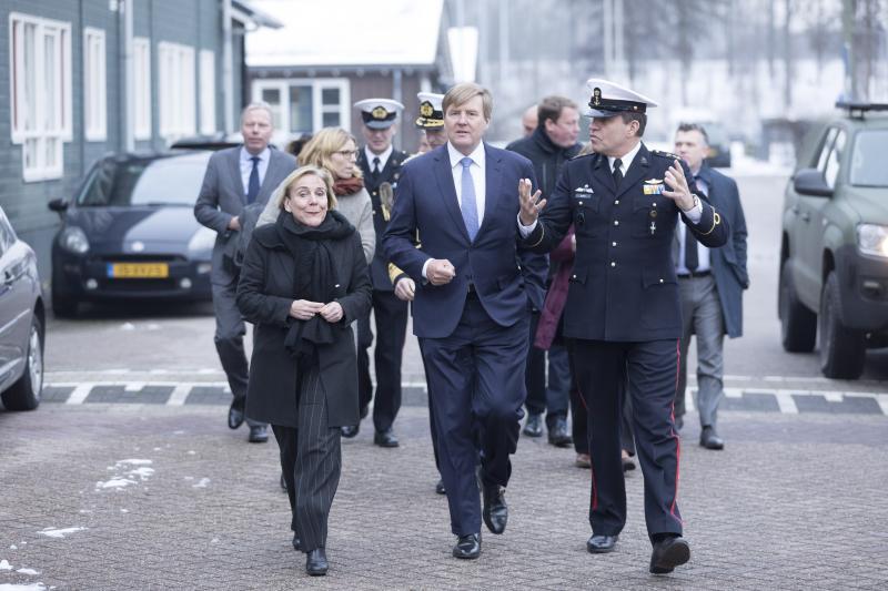Koning op werkbezoek in Van Ghentkazerne (Foto: Defensie)