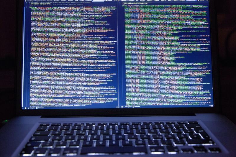 Politie en Justitie gaan achter 'webstressers' aan (Foto ter illustratie)