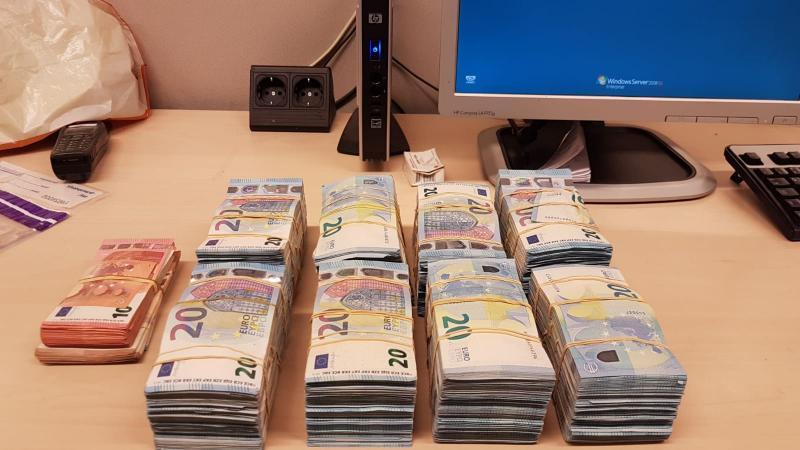 20-jarige heeft geen verklaring voor herkomst 80.000 euro (Foto: Politie Landelijke Eenheid)