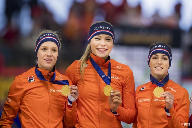 Nederlandse schaatssters pakken wereldtitel teamsprint (Pro Shots / Erik Pasman)