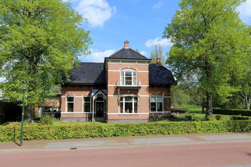 Villa Meihuizen in Midwolda (Foto: Funda)