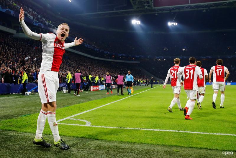 KNVB verplaatst Ajax - PEC; PSV overweegt juridische stappen (Pro Shots / Action Images)