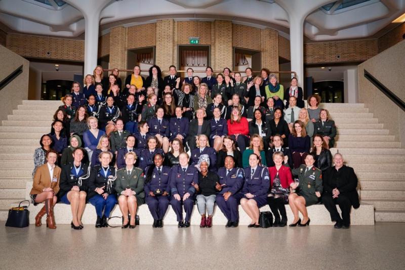 Defensie heeft keihard vrouwen nodig (Foto: Defensie)
