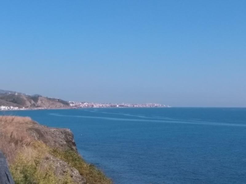 Uitzicht op Torrox Costa (Spanje) (Foto: Kroezel)