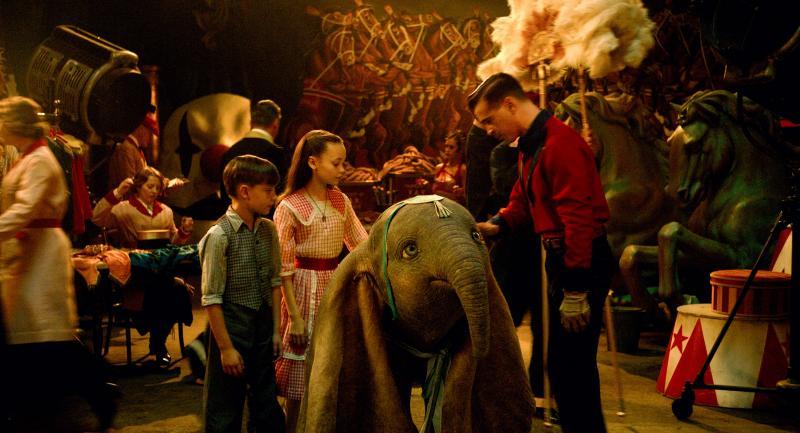 Dumbo: Nico Parker, Finley Hobbins en Colin Farrell