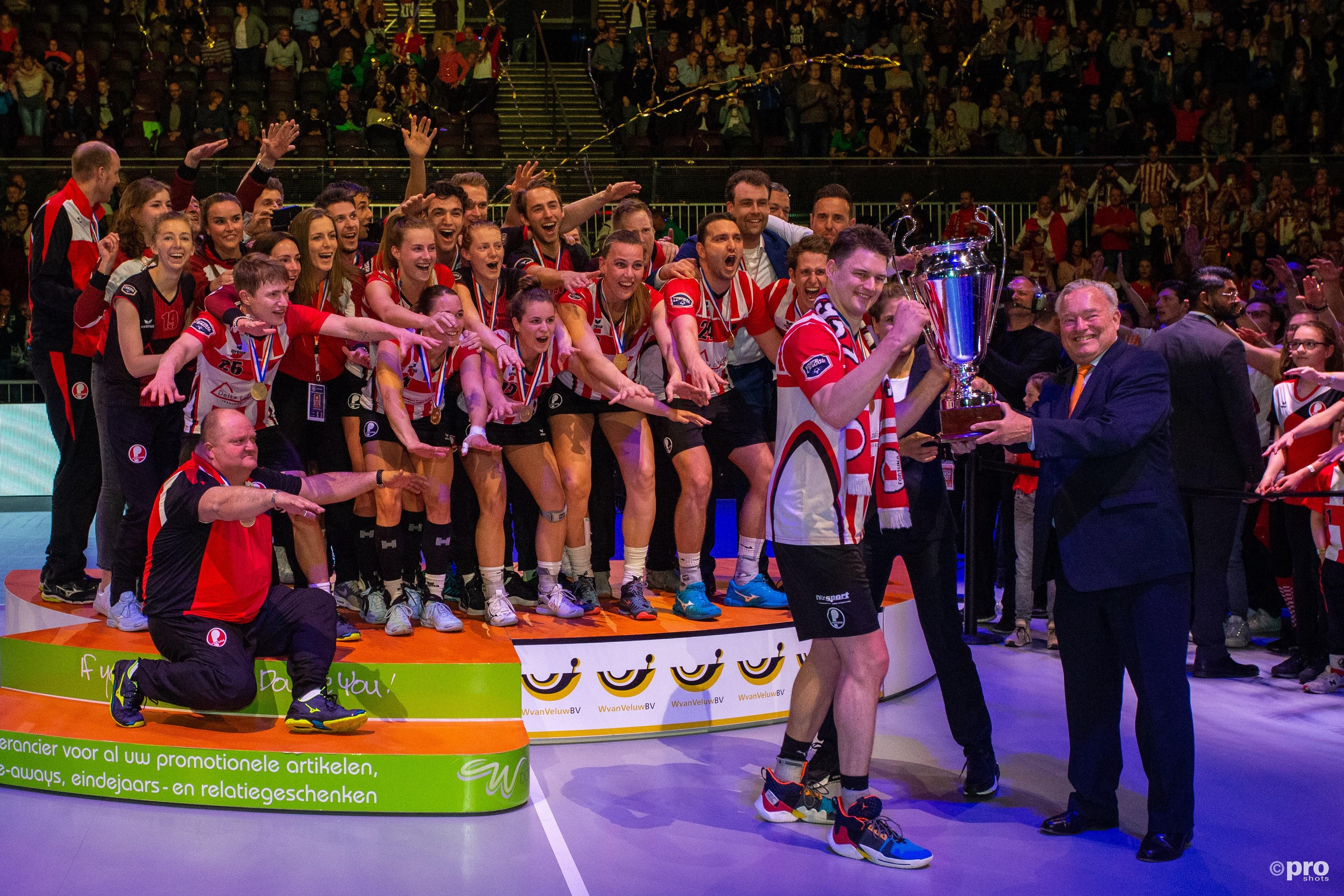 Fortuna uit Delft is landskampioen korfbal. (PRO SHOTS/Peter van Gogh)