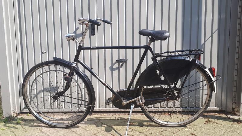 Meisje verkracht in de bosjes, dader liet fiets achter (Foto: Politie.nl)