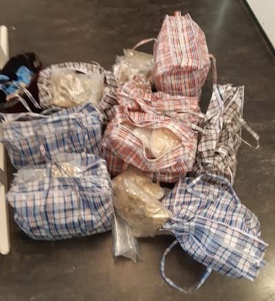 Ruim 100 kilo MDMA in verborgen ruimte's (Foto: Politie)