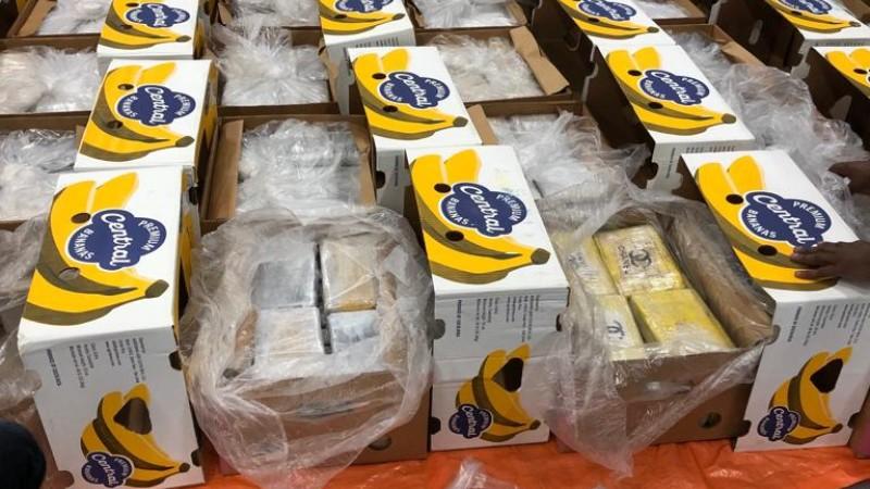 Cocaïne tussen bananen (foto: Politie)