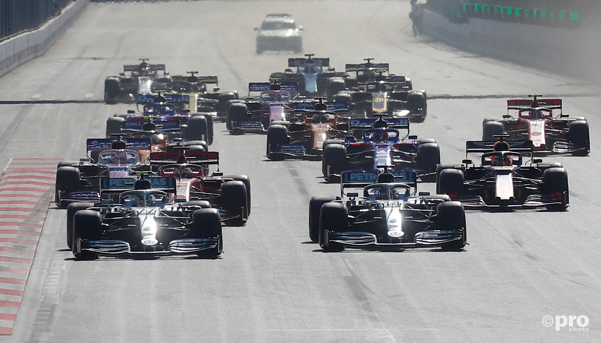 De start van de race. (PRO SHOTS/Action Images)