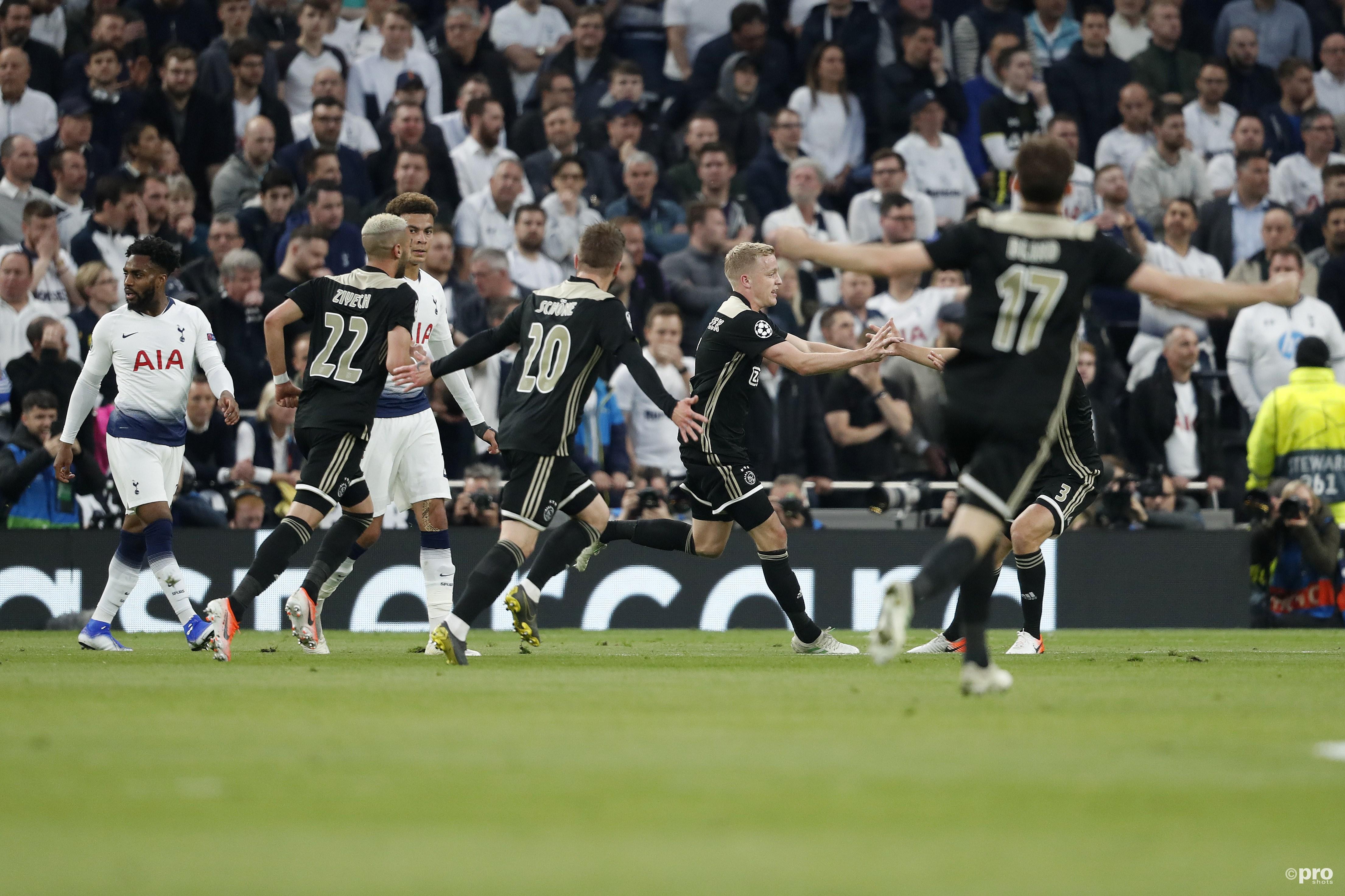 Ajax op koers voor CL-finale na knappe zege in Londen (Pro Shots / Henk Jan Dijks)