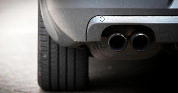 Amsterdam: benzine en dieselauto's in 2030 niet meer welkom (Twitter)