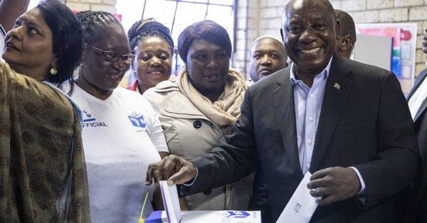 ANC wint verkiezingen Zuid-Afrika maar steun zakt (Twitter)