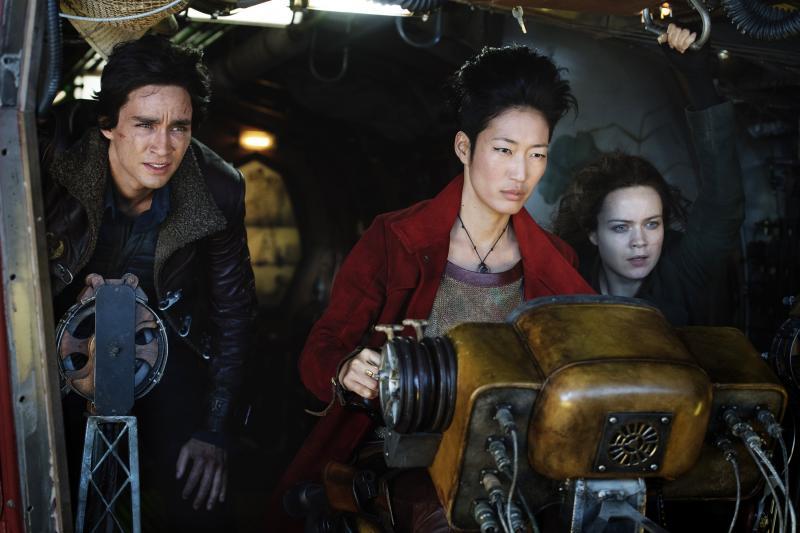 Mortal Engines cast