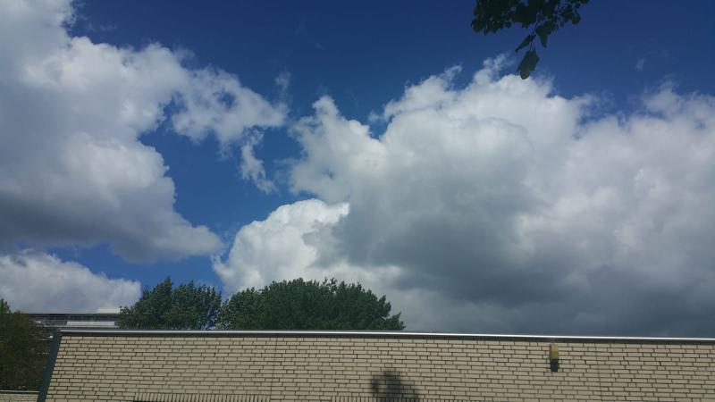 Mooie wolkenformatie (Foto: Interpretatie)