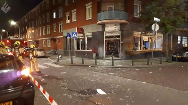 De ravage is groot bij het reisbureau (Foto: Politie.nl)
