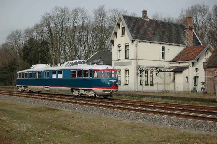 NS draagt Kameel over aan spoorwegmuseum (Foto: Nederlandse Spoorwegen)
