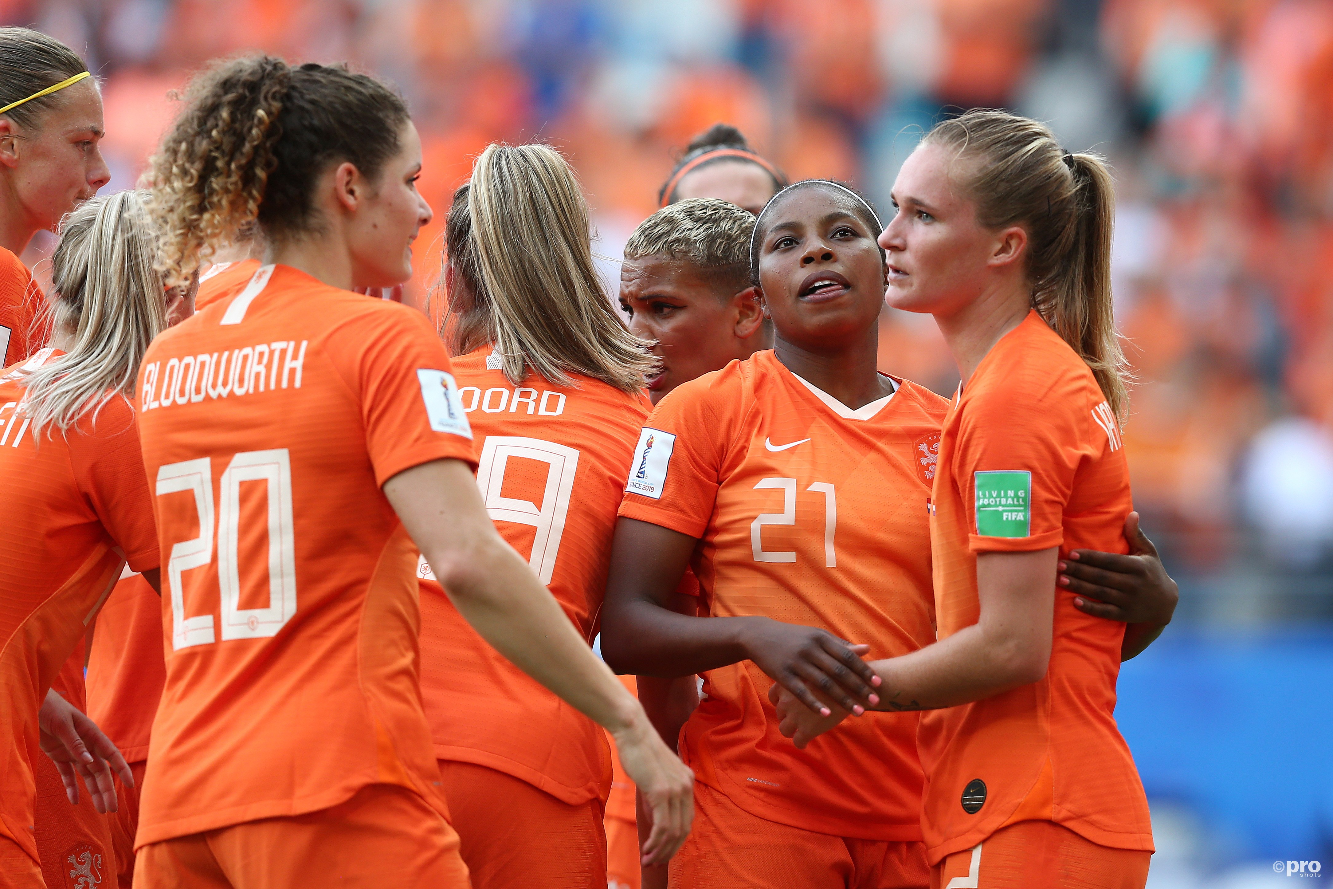 Oranje pakt groepswinst tegen Canada (Pro Shots / Remko Kool)