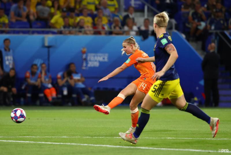 Jackie Groenen schiet Nederland naar WK-finale (Foto: Pro Shots/Action Images)