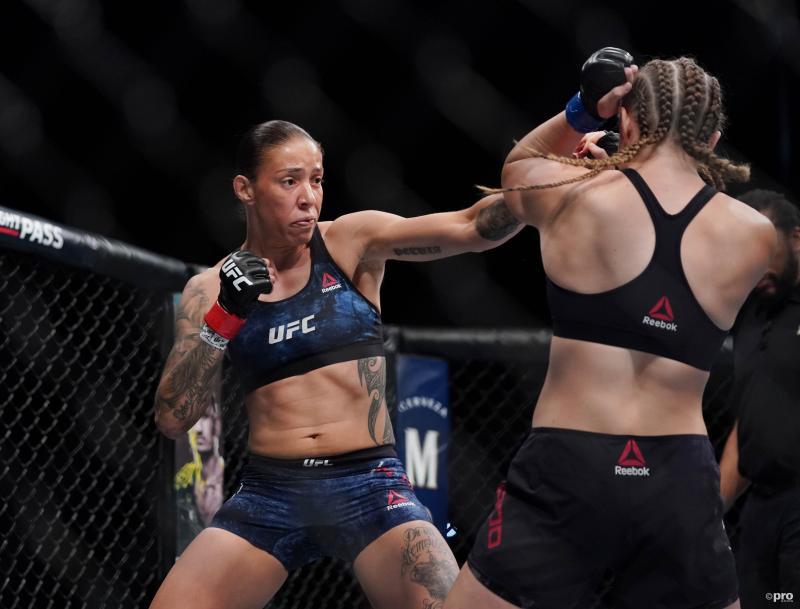 De Randamie bezorgt Ladd eerste knockout (Foto: Pro Shots/SIPA USA)