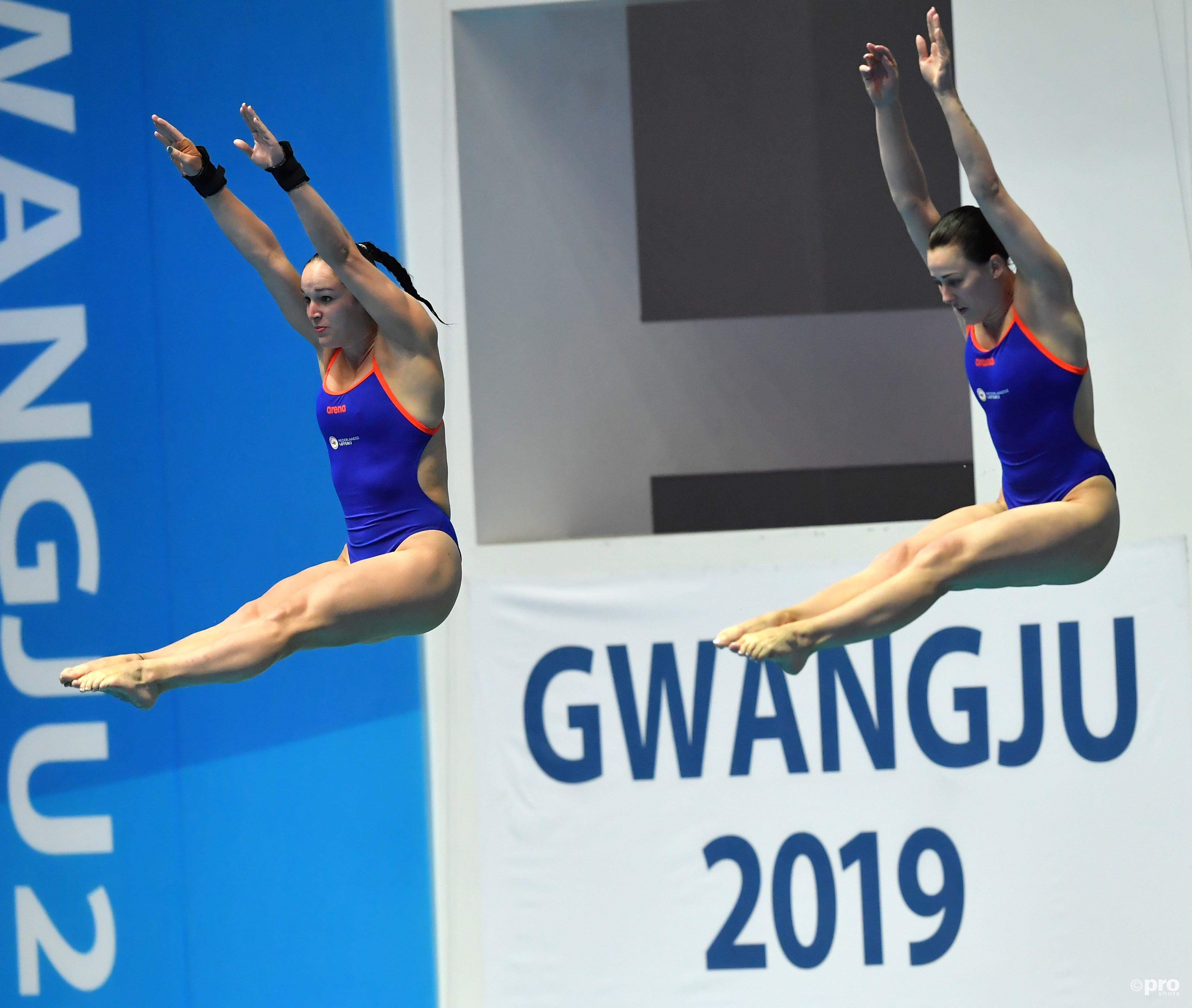 Celine van Duijn en Inge Jansen in actie in Gwangju (Pro Shots/Insidefoto)