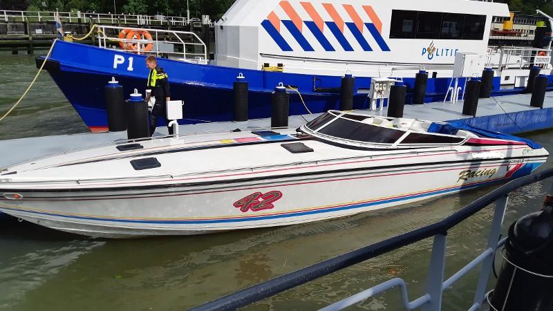 Politie neemt wedstrijd speedboot in beslag (Afbeelding: Politie)