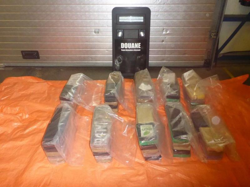Douane onderschept 96 kilo cocaïne (Foto: Openbaar Ministerie)