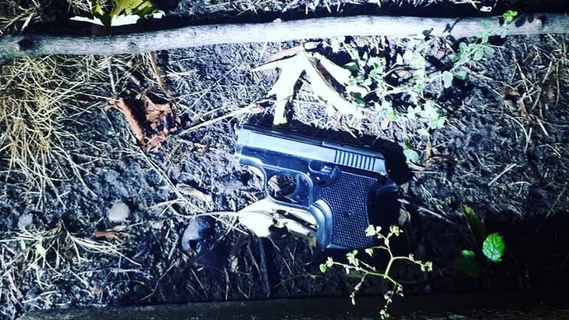 Het aangetroffen wapen (Foto: Politie)