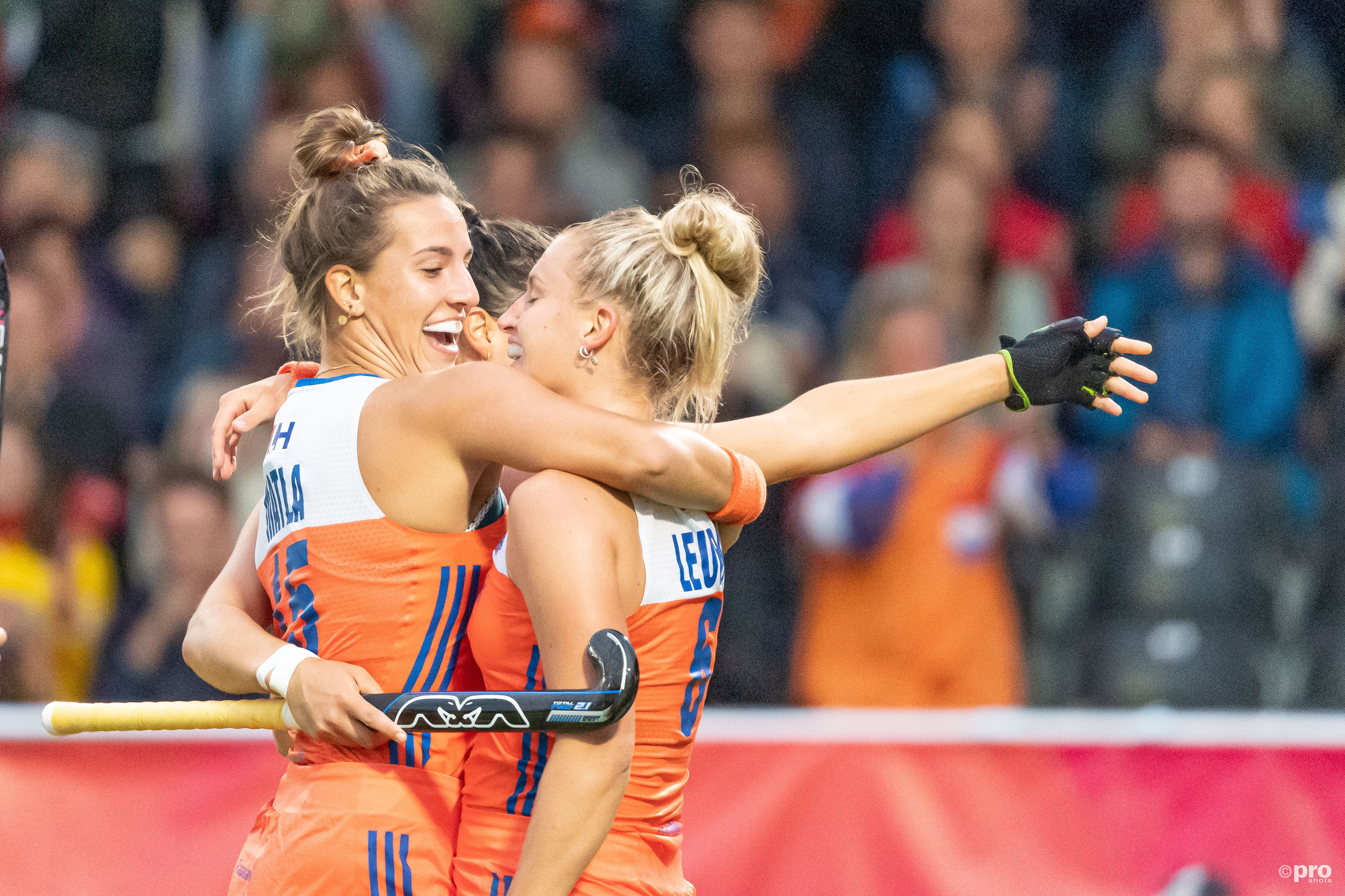 Nederland juicht na de openingstreffer (Pro Shots / Bart Scheulderman)