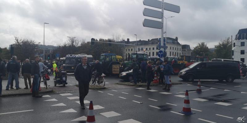Totale chaos in Den Haag (Foto: FOK!)