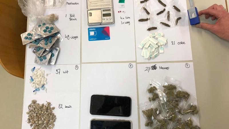 Een deel van de drugsvangst (Foto: Politie)