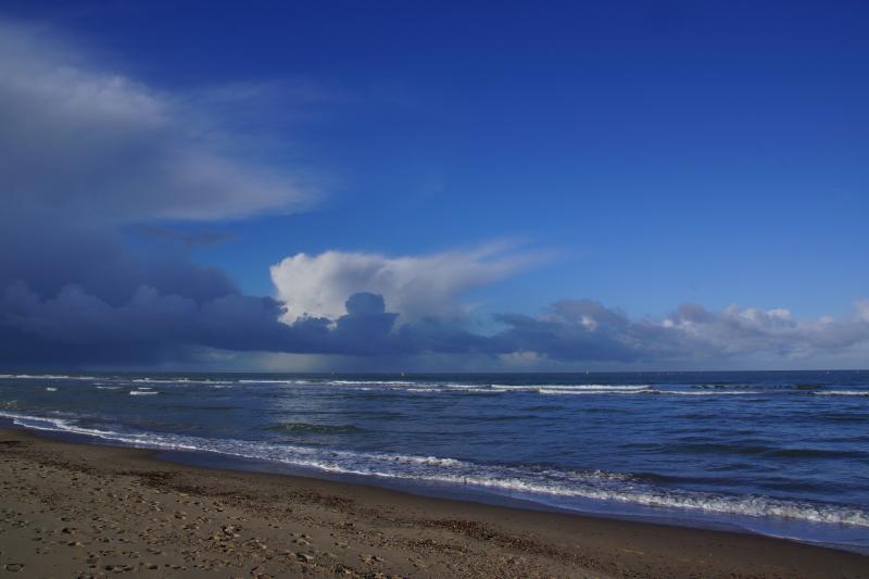 Het strand van Scharendijke in Zeeland  (Foto: Scherpschutter)