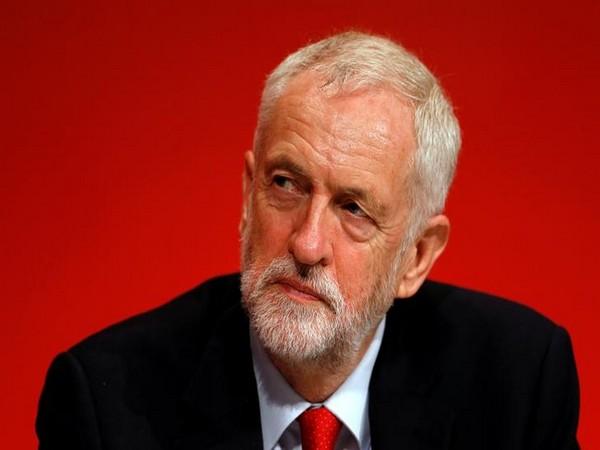Britse Labourleider stapt op na desastreuze verkiezingen (Twitter)