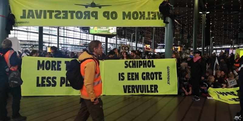 Protestival Schiphol  (Foto: FOK! )