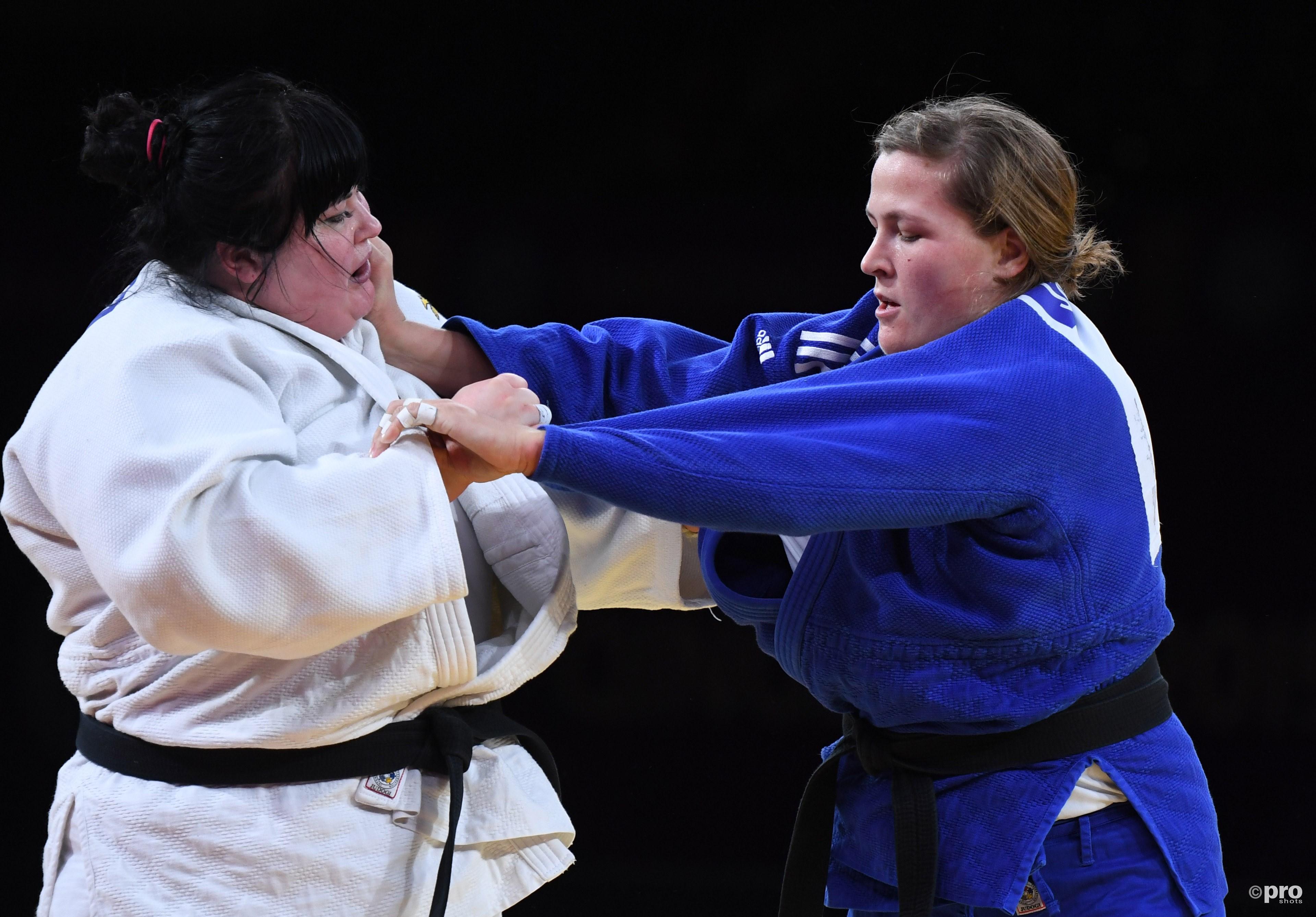 Savelkouls wint van haar tegenstander uit Azerbaijan. (PRO SHOTS/Sipa USA)