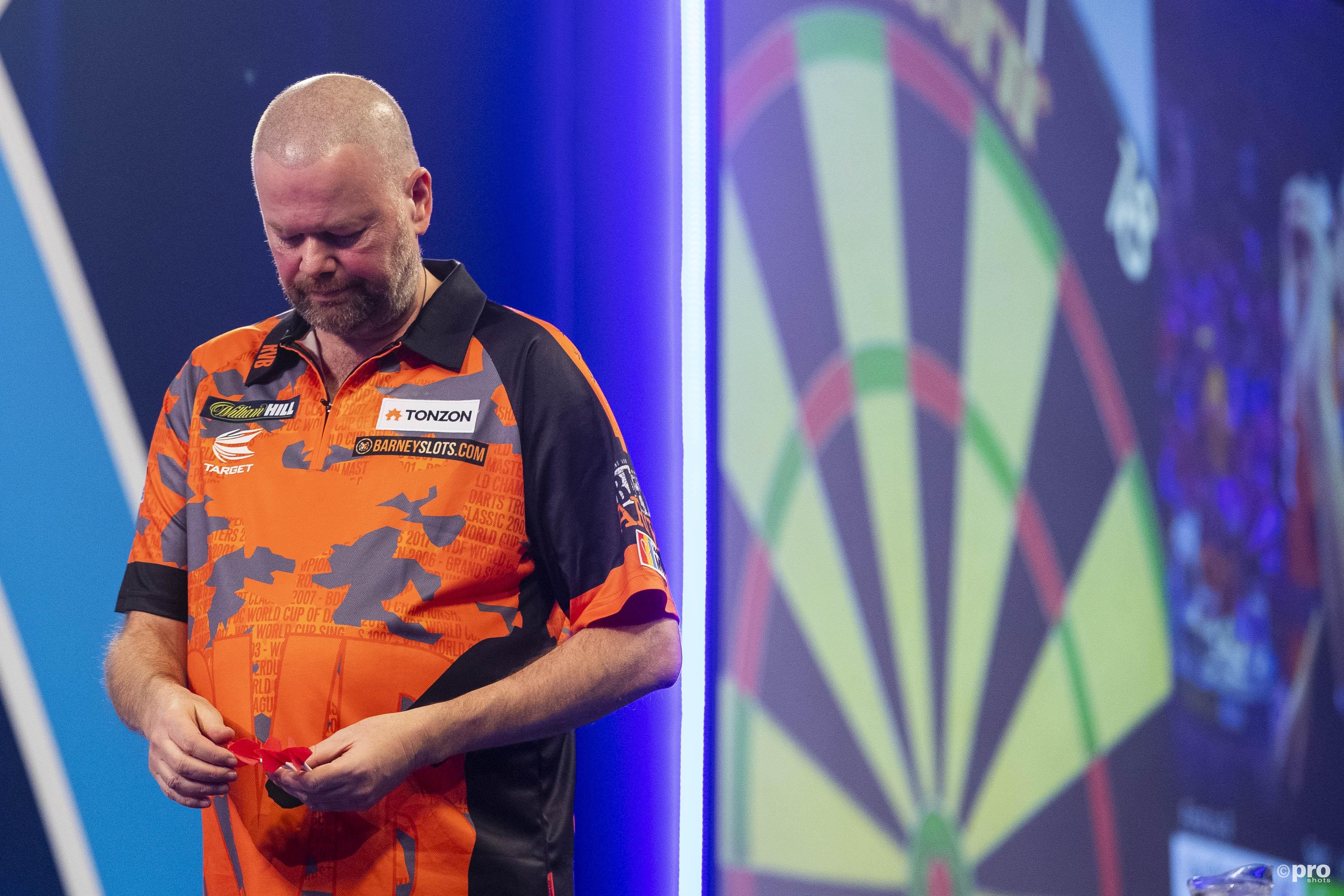 Raymond van Barneveld is klaar met zijn dartcarrière. (PRO SHOTS/Michael Bulder)