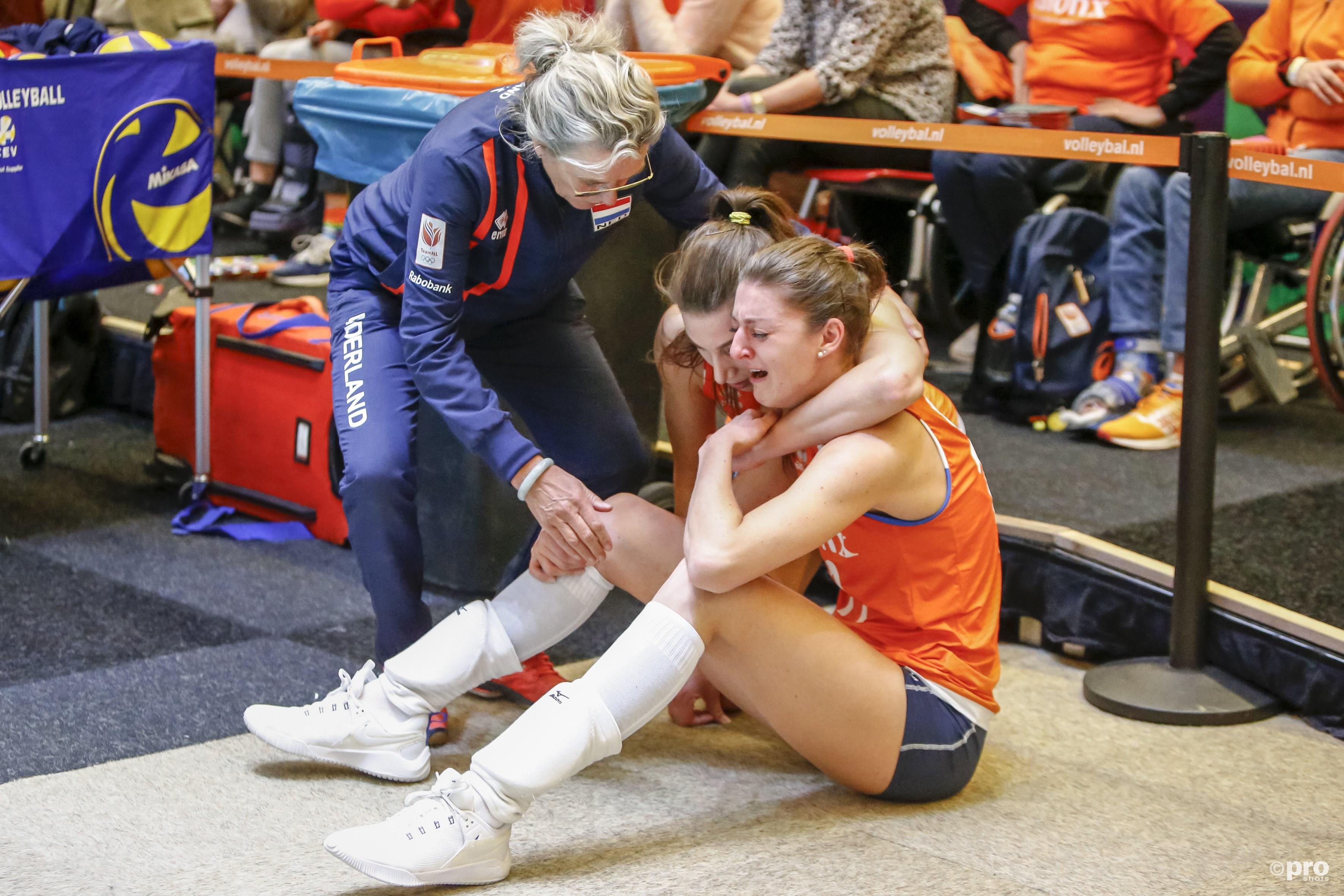 Volleybalsters niet naar Olympische Spelen (Pro Shots / Remko Kool)