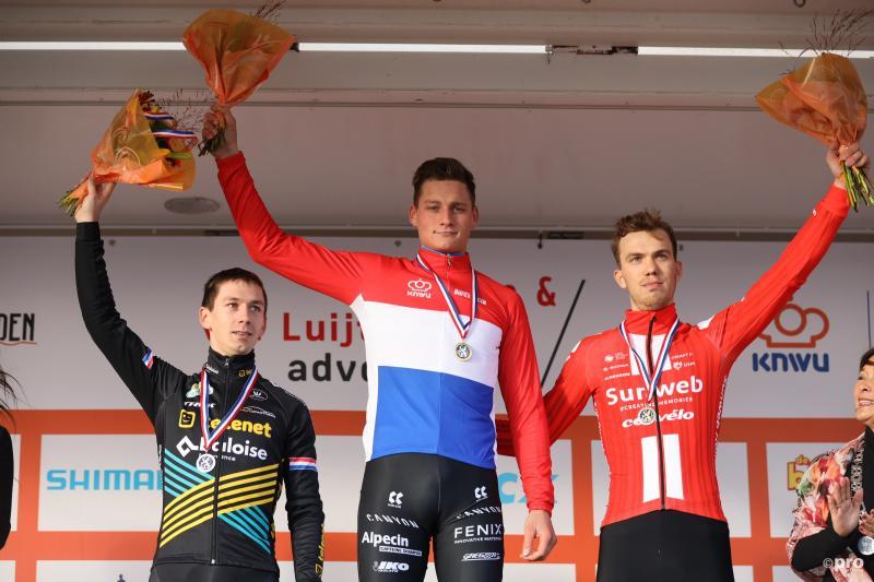 Van der Poel prolongeert Nederlandse titel veldrijden (Pro Shots / Bruno Press)