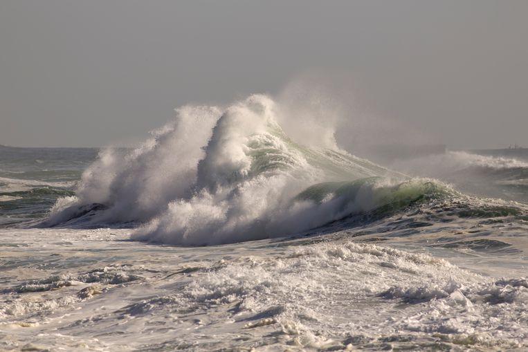 Een monstergolf voor de Schouwse bollen (zandplaten voor de kust van Goeree en Schouwen) (Foto: Scherpschutter)