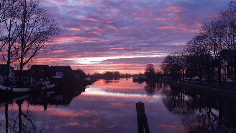 Fraaie zonsopkomst in W (Foto: Zus)