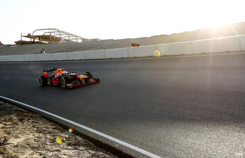 Verstappen maakt eerste meters op vernieuwde circuit Zandvoort (Pro Shots / Action Images)