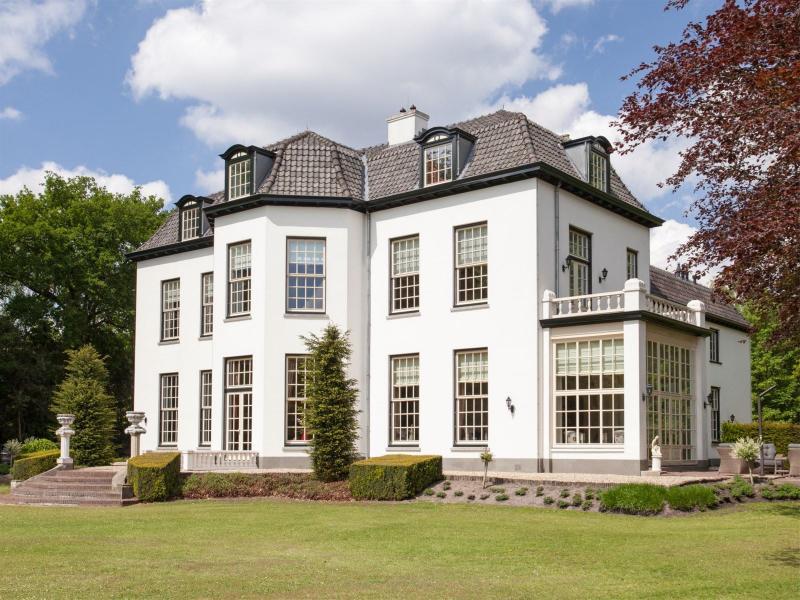 Luxueus leven op landgoed Kolthoven  (Foto: Funda)