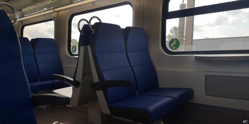 Alleen aan de kant van het raam mag je zitten  (Foto: FOK!)