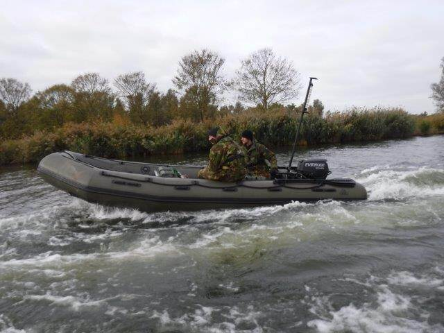 Een aanvalsboot tijdens de acceptatietest (foto: Ministerie van Defensie)