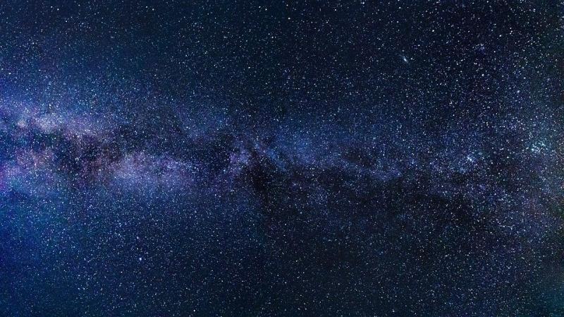Je ziet ze niet maar zijn er wel, planetoïden. (Foto: Pixabay)