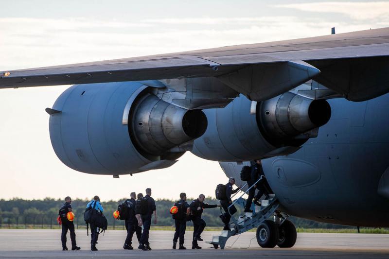 Het Urban Search and Rescue (USAR)-team vloog vanaf Vliegbasis Eindhoven naar Beiroet (Afbeelding: Defensie)