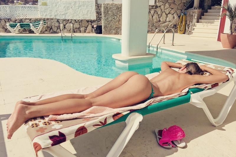 Jawel dames, haal de bikini maar weer uit het vet!