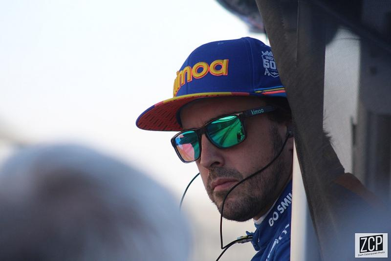 """Alonso: """"Ik vind dat ik een vrij complete rijder ben"""" (WikiCommons/Zach Catanzareti Photo)"""