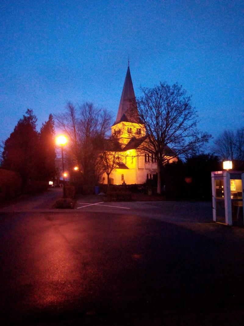 Een kerkje waar ik gisteravond langs liep